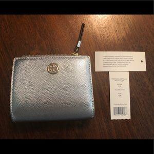 Tory Burch Robinson metallic mini wallet in silver